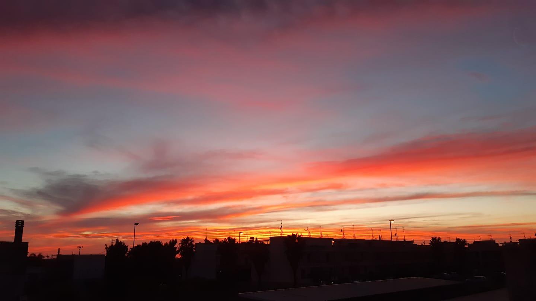 Tramonti ROSSI e GIALLI e il cielo BLU